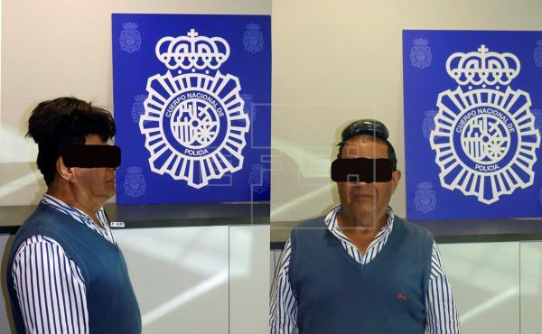 Detenido un hombre que ocultaba medio kilo de cocaína en su peluquín.